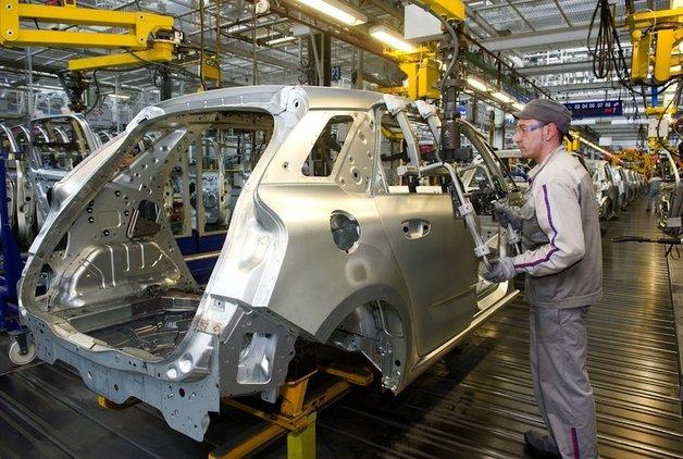 Bir otomotiv devi daha Çin'de fabrika açıyor