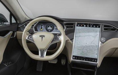 2018 Tesla Model S Shooting Brake neler sunuyor?