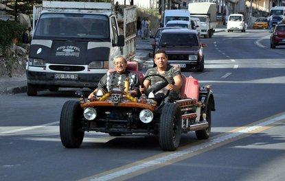 Hurda parçalarından otomobil yaptı, 200 km/s hıza ulaştı