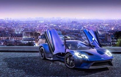 Frankfurt Otomobil Fuarı'nda 10 süper spor otomobili satın aldı!