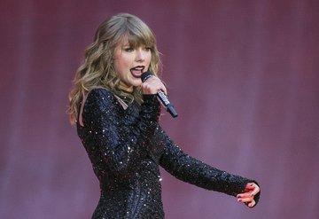 Taylor Swiftten ırkçı heykelleri kaldırın çağrısı