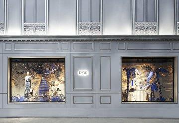 Dior Avenue Montaigne 30 mağazası yeni yıla hazır
