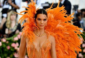 Kendall Jenner kendi güzellik markasını kuruyor
