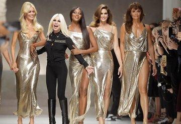 Modanın altın kızları yeniden podyumda