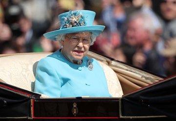 Kraliçe Elizabeth'in 92. doğum günü için resmi kutlama