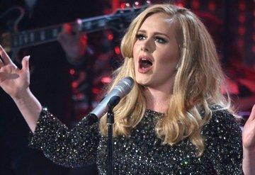 Adele'in dudak uçuklatan kazancı