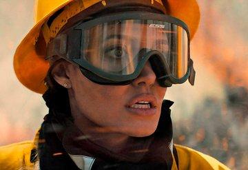 Angelina Jolienin Yeni Filmden İlk Kareler