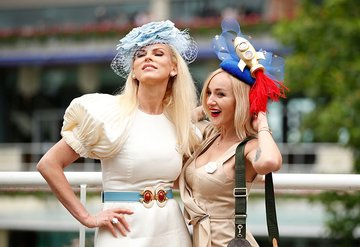 The Royal Ascot yarışında gururlandıran Türk moda başkanı