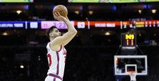 76ers drop Bulls on Korkmaz's career night