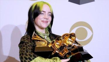 Billie Eilish 62. Grammy Ödüllerine Damgasını Vurdu