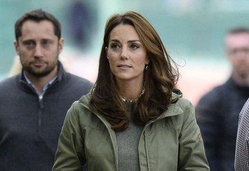 Kate Middleton, 14 yıllık çizmeleriyle geri döndü!
