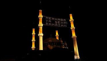 Osmanlı geleneği mahyalar, ramazana hazırlanıyor