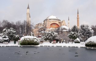 A blanket of snow covers Istanbul's amazing scenery