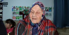 92-year-old Turkish woman attends school