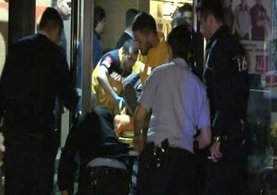 Kadıköy'de fast food restoranında silahlı soygun: 4 yaralı