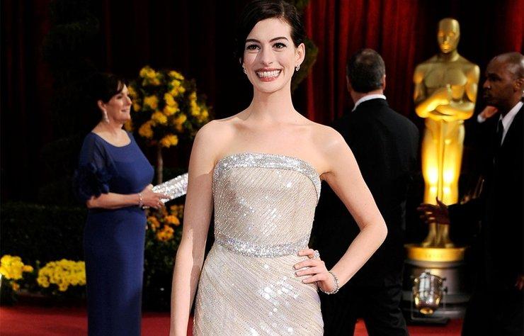 ABD'li oyuncu Anne Hathaway'ın özel fotoğrafları internete sızdırıldı.