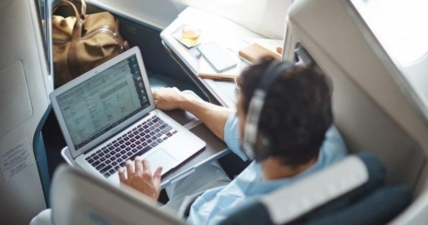 Türkiyeden İngiltereye uçuşlardaki elektronik cihaz yasağı kalktı!
