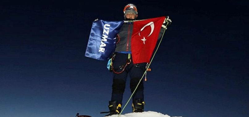 TURKISH CLIMATE ACTION TEAM FLIES FLAG IN GREENLAND