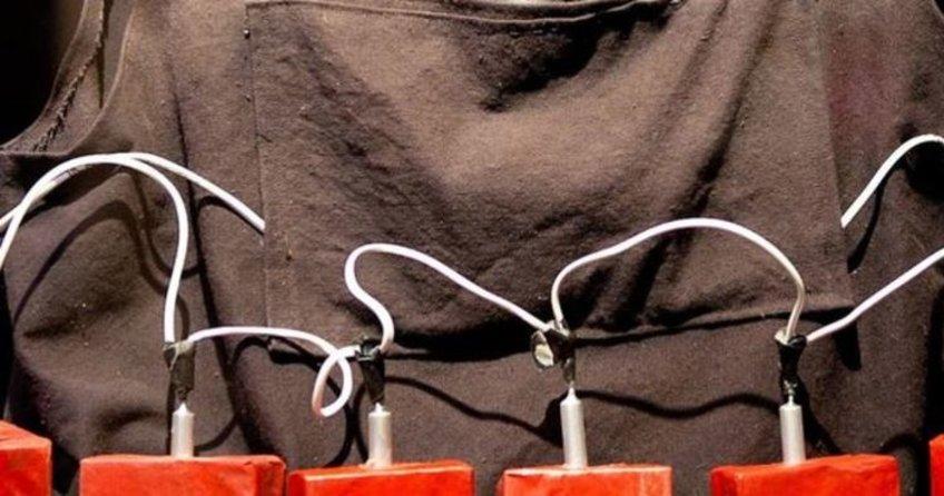 Şanlıurfa'da tarlada canlı bomba yeleği bulundu!