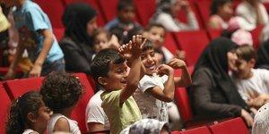 Sığınmacı çocuklar barış temalı etkinlikte bir araya geldi
