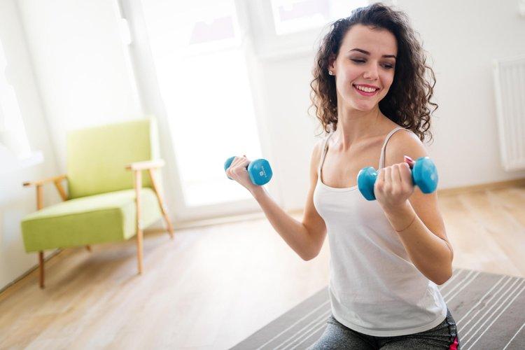 Evde yapabileceğiniz en keyifli egzersizler