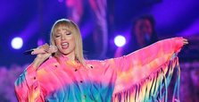 Taylor Swift, Ariana Grande lead MTV VMA nominations