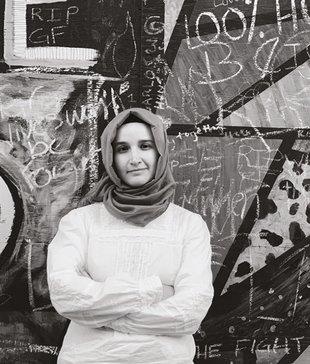 Kadınların Müslüman toplumlarda özgür olmadığıyla ilgili bir önyargı var