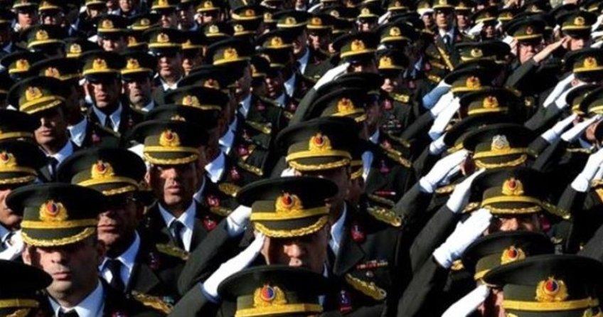 İstanbul'da 4 general ve 3 albay firarda