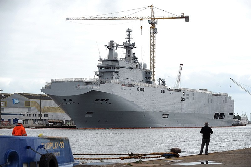This file picture taken on May 9, 2014 shows the Vladivostok warship, a Mistral class LHD amphibious vessel ordered by Russia to the STX France shipyard in Saint-Nazaire, western France. (AFP Photo)