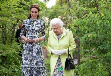 Kraliçe 2. Elizabethten Kate Middletona yeni görev
