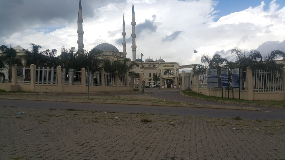 The Nizamiye complex is the biggest FETu00d6 compound in South Africa that includes mosque, school, dormitory, shops and even a private cemetery.
