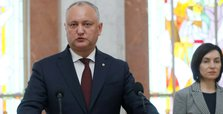 Moldova's government collapses after losing no-confidence vote