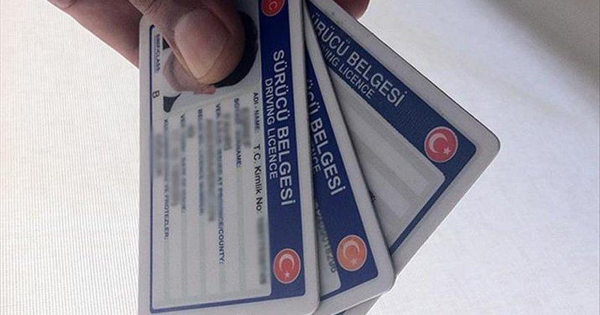 Pasaport ve sürücü belgelerinde yeni dönem 2 Nisanda başlıyor