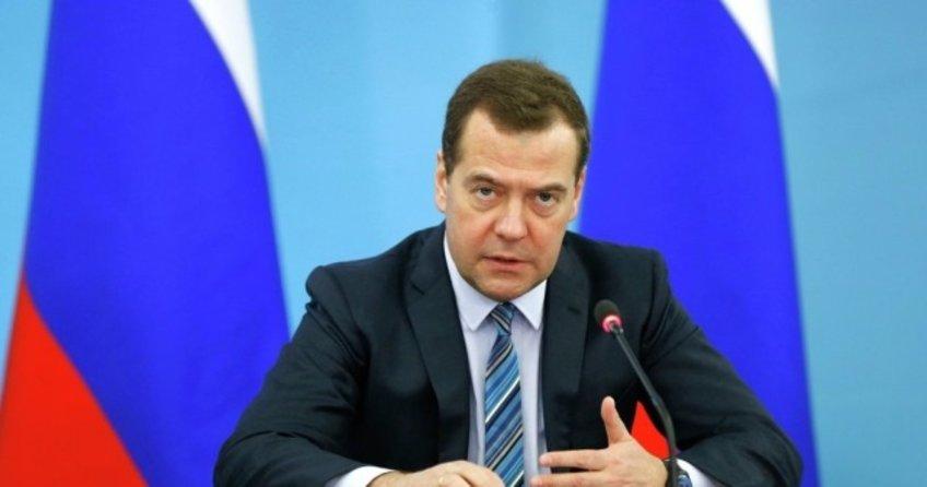 Binali Yıldırım ile yapacağı görüşme öncesi Medvedev'den kritik açıklama
