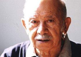 Türk edebiyatının usta isimlerinden Vedat Türkali, 97 yaşında hayata gözlerini yumdu