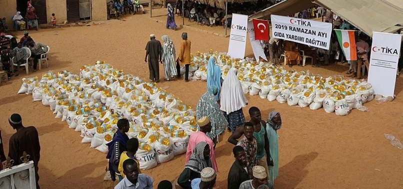 TURKISH AGENCY DISTRIBUTES FOOD PACKAGES IN NIGER