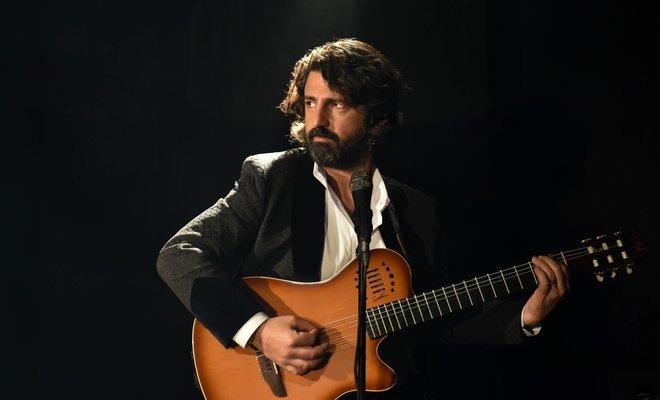 """Fatih Ahıskalı'nın İlk Solo Teklisi """"Acı Mevsim"""""""