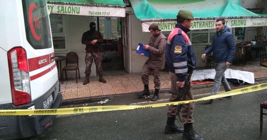 Kahvehaneyi taradılar: 3 ölü
