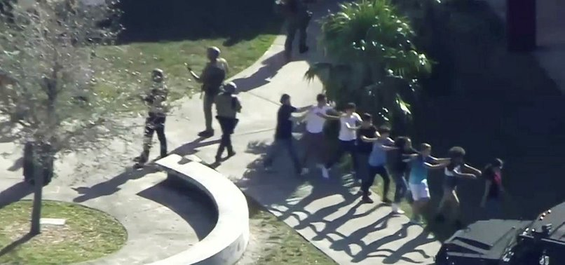 2 WOMEN, MAN DEAD IN DOMESTIC SHOOTING NEAR MIAMI - POLICE