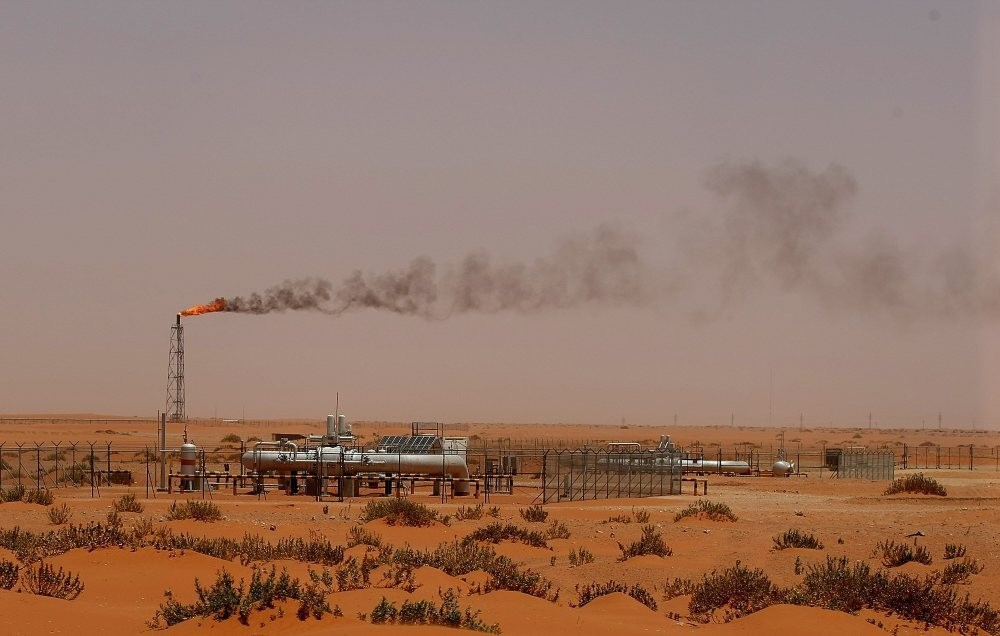 A picture taken on June 23, 2008 shows a flame from a Saudi Aramco oil installion known as ,Pump 3, in the desert near the oil-rich area of Khouris, situated close to Saudi capital Riyadh.