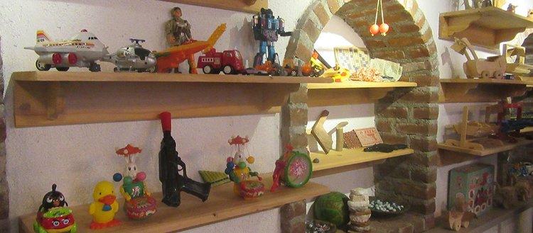 Tarihi çamaşırlık 'oyuncak müzesi'ne dönüştü