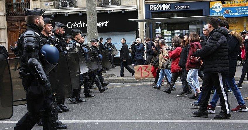 Fransada polis şiddetine karşı protestolar artıyor