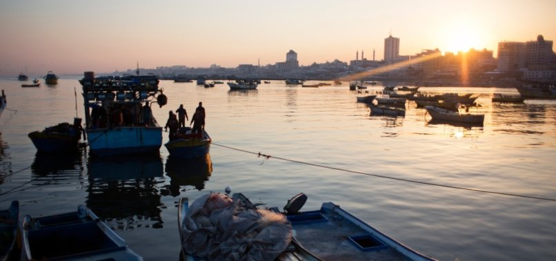 PALESTINIANS SAY EGYPTIAN FIRE KILLED TWO GAZA FISHERMEN