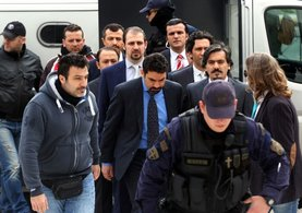 Atina'dan darbeci hainler için skandal karar!
