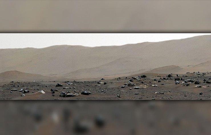 Yakınlaştırılabilir özellikteki kompozit fotoğraf, bugüne dek Kızıl Gezegen yüzeyinde kaydedilmiş en yüksek çözünürlüklü görüntü olma özelliğini taşıyor.
