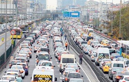 Trafiğe kayıtlı araç sayısı yüzde 14 arttı