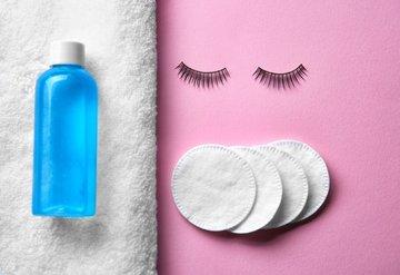 Makyaj yaparken göz sağlığınızdan olmayın!