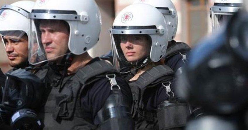 Ukrayna'da yollar 'terör tehditleri' nedeniyle trafiğe kapatılacak