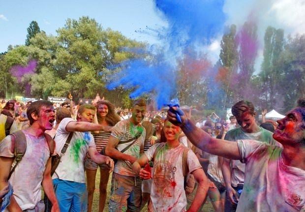 Kiev'de Holi Festivali