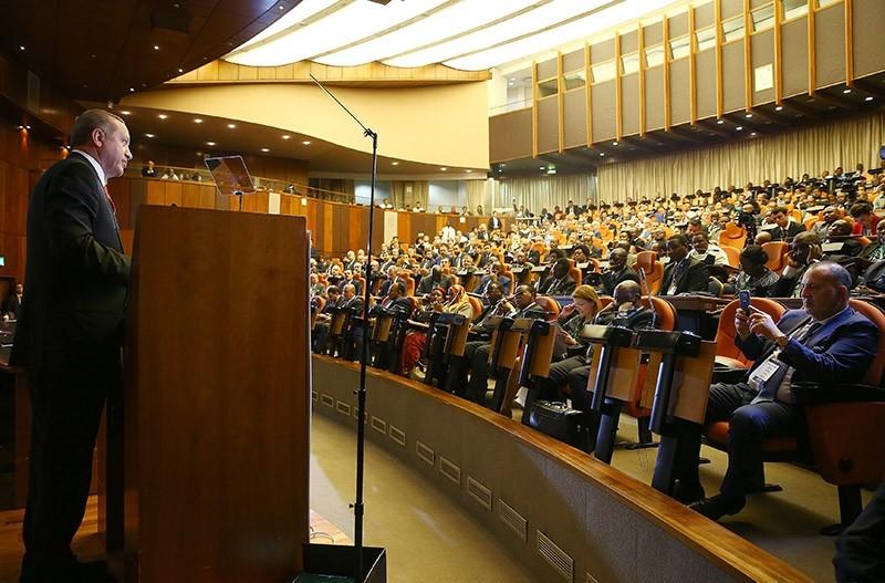 Erdou011fan speaks at Turkey-Tanzania Business Forum on Jan. 23, 2017. (AA Photo)